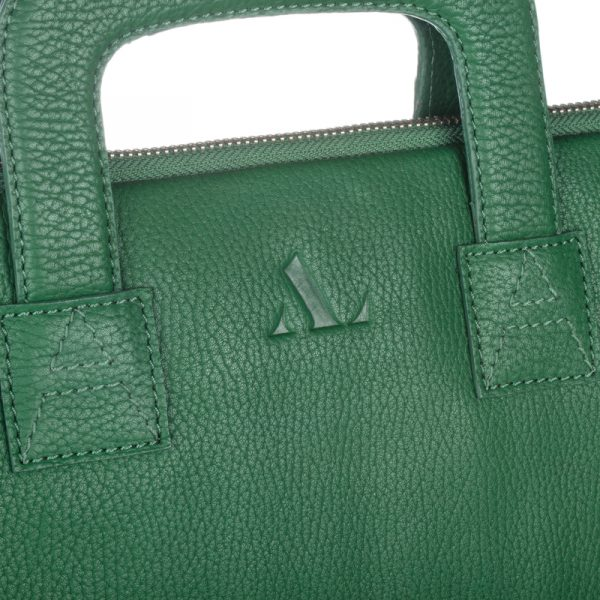 Close up of asali logo on dark green laptop bag