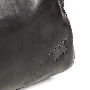 chinook debsoss on italian leather weekend bag